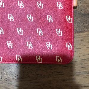 Dooney & Bourke Bags - Dooney & Bourke Wallet/Clutch